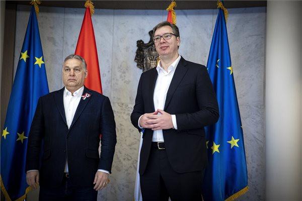 Orbán Viktor Belgrádba utazott