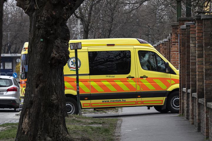 Elhunyt tizennégy koronavírus-beteg Magyarországon