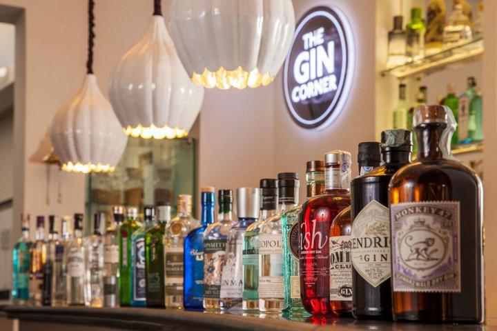 Görögország lefoglalt alkoholkészleteket vet be fertőtlenítésre