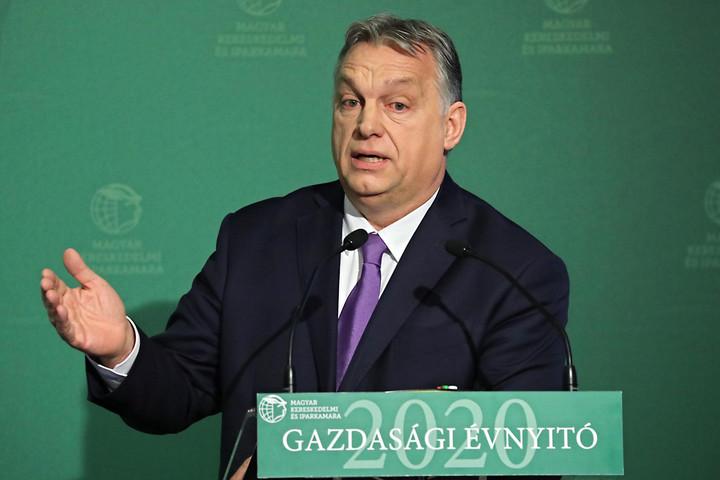 Orbán Viktor: Világjárványra kell készülni,  mindenkinek ki kell lépnie a komfortzónájából