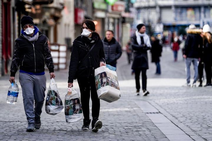 Belgiumban átlépte a tízezret a fertőzöttek száma