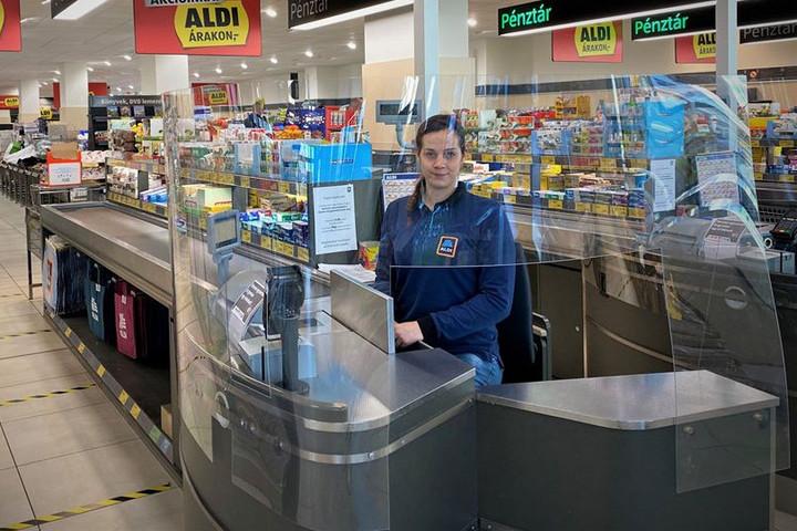 Az üzletláncok alkalmazkodnak a járványhelyzethez