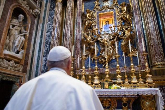 Ferenc pápa a szeretet gyengédségének felfedezésére biztat