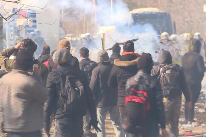 Ankara nem kérte az ország elhagyására a szíriaiakat