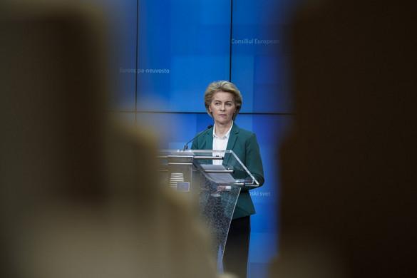 Von der Leyen elismerte, hogy Brüsszel hibázott
