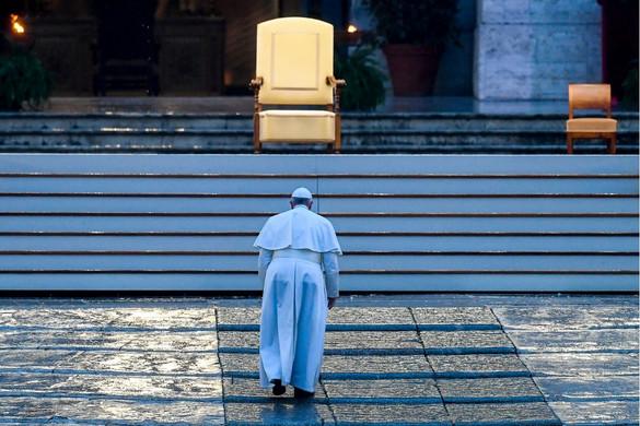Ferenc pápa: Azt hittük, hogy egészségesek maradhatunk egy beteg világban
