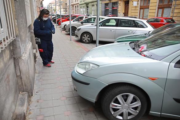 Drágul a parkolás Budapesten, sokfelé visszaáll a vasúti alapmenetrend