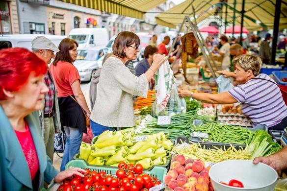 Népszerűsíteni kellene a magyar élelmiszereket a fiatalok körében