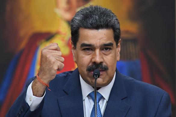 Tagadta az amerikai vádakat Nicolás Maduro, és puccs kitervelésével vádolta Washingtont