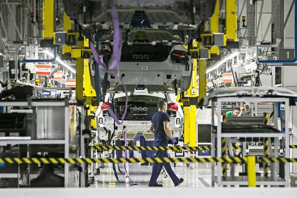 Újraindul a termelés a kecskeméti Mercedes-gyárban