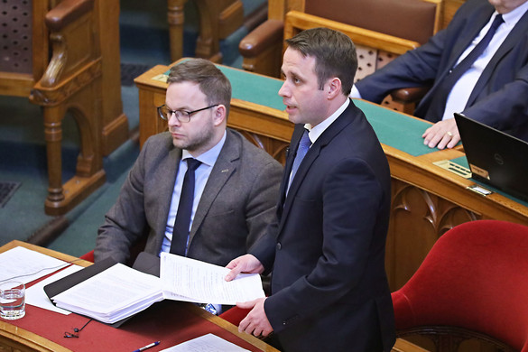 Dömötör Csaba: A koronavírus elleni védekezés ügye nem pártpolitikai ügy