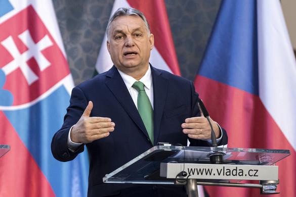 Orbán Viktor: A bajban is együttműködik a V4