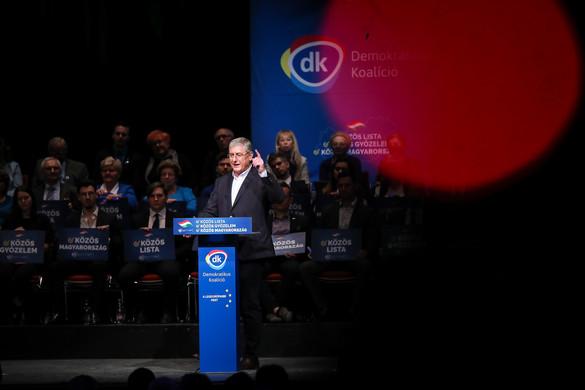 """""""A baloldal egyfolytában politikai támadásokkal és a védekezés akadályozásával van elfoglalva"""""""