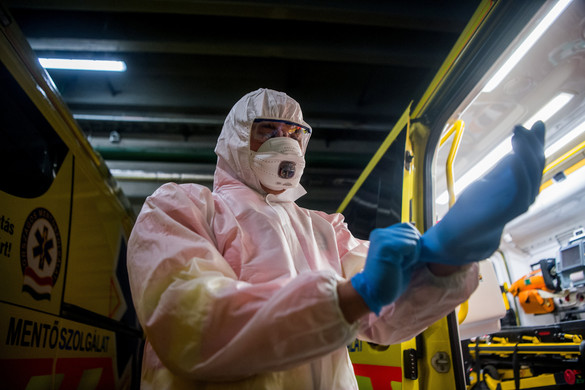 Újabb három koronavírus-fertőzöttet találtak Magyarországon