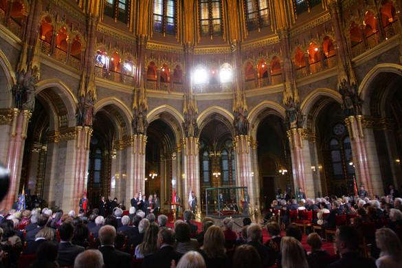 Elhalasztják a Kossuth-díjak átadását