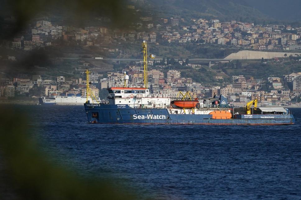 A Sea Watch 3 hajó karanténban Messina kikötőjénél