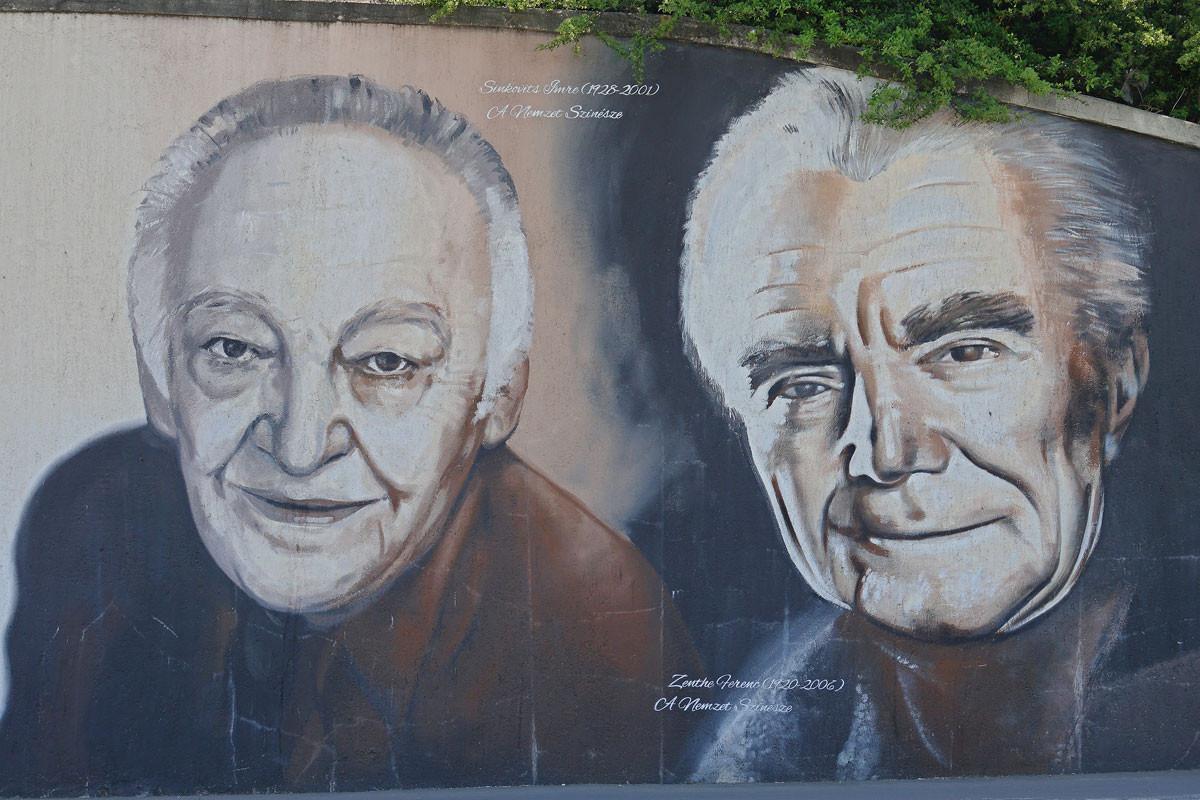 Ismét Sinkovits Imre mellett, már a nemzet színészeiként graffitin megörökítve