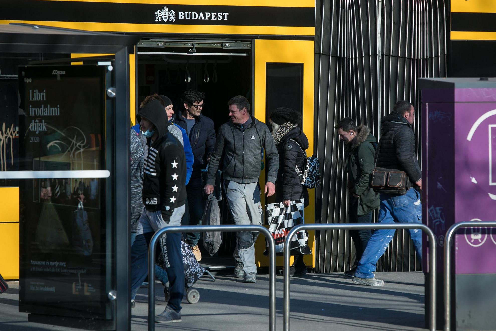 Április 6-ától, hétfőtől újra a tanszüneti menetrend szerint indulnak a közösségi közlekedési járatok Budapesten
