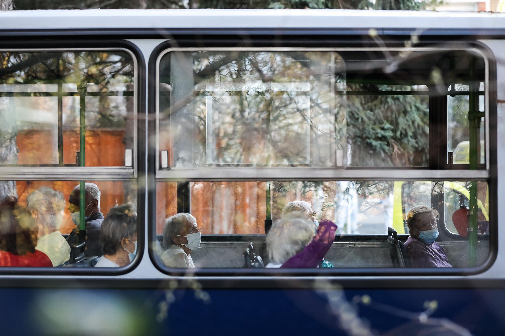 A koronavírus miatt evakuálták a Pesti úti idősotthont