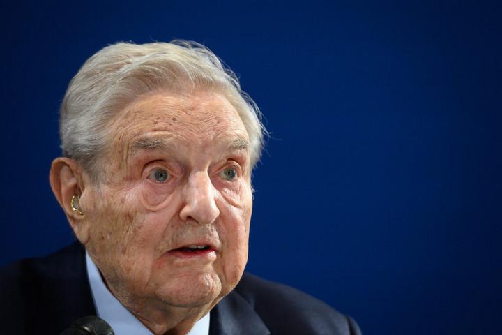 Századvég: A magyarok elutasítják Soros tervét