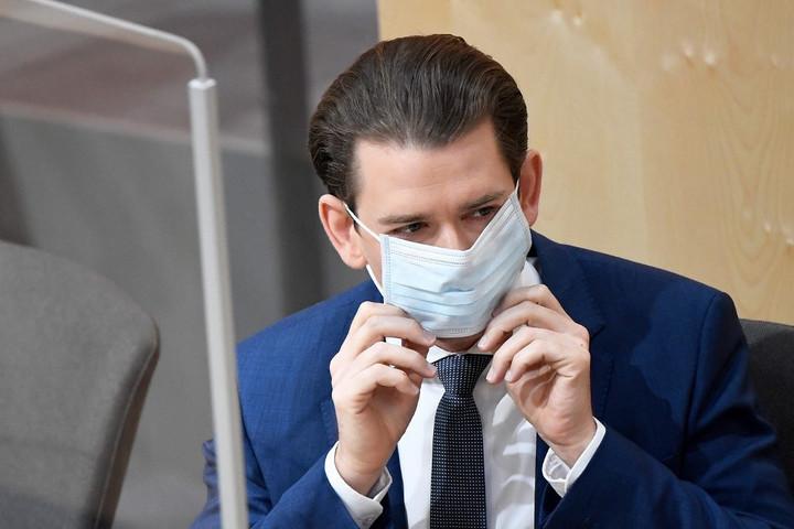 Ausztriában a 11 ezret is meghaladta a koronavírussal fertőzöttek száma