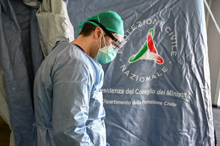 Már tizenhétezer fölött a halottak száma Olaszországban