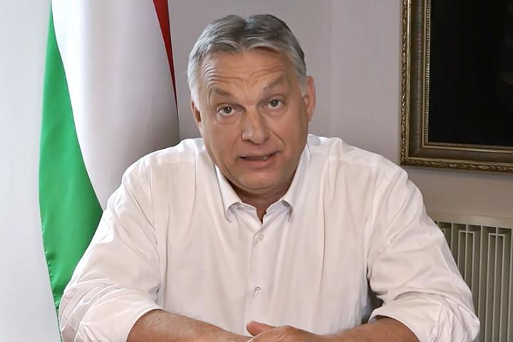 Orbán Viktor: Megpróbáljuk újraindítani Magyarországot