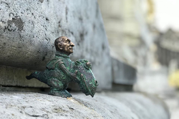 Miniatűr szobor készült Bodrogi Gyuláról