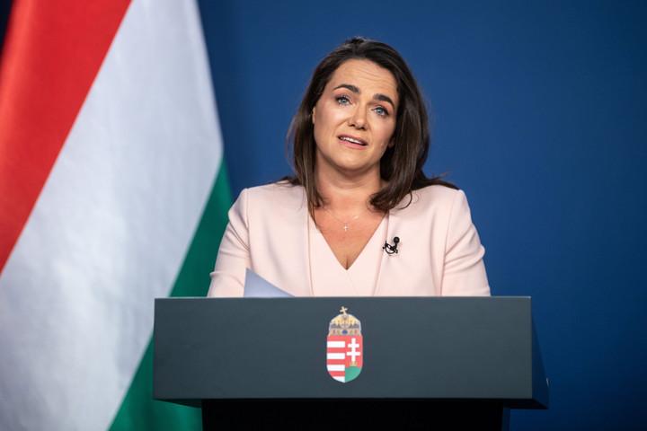 Novák Katalin: A kormány a mai helyzetben is megvédi a családtámogatásokat