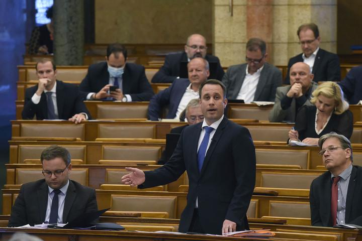 Dömötör: Szomorú, hogy egyes pártok megtagadnák a segítséget a határon túli magyaroktól