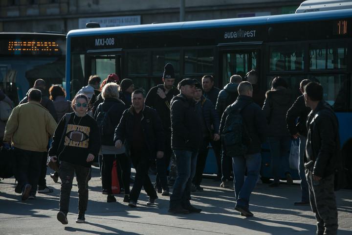 Úgy tűnik, a fővárosnak még mindig nem sikerült megoldani a tömegközlekedést
