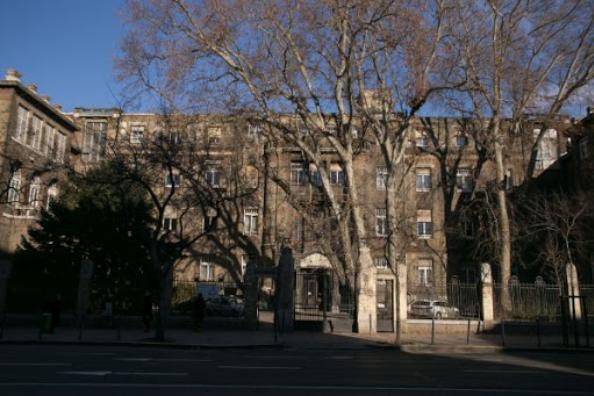 Átmenetileg új helyen működik az ortopédiai klinika Budapesten