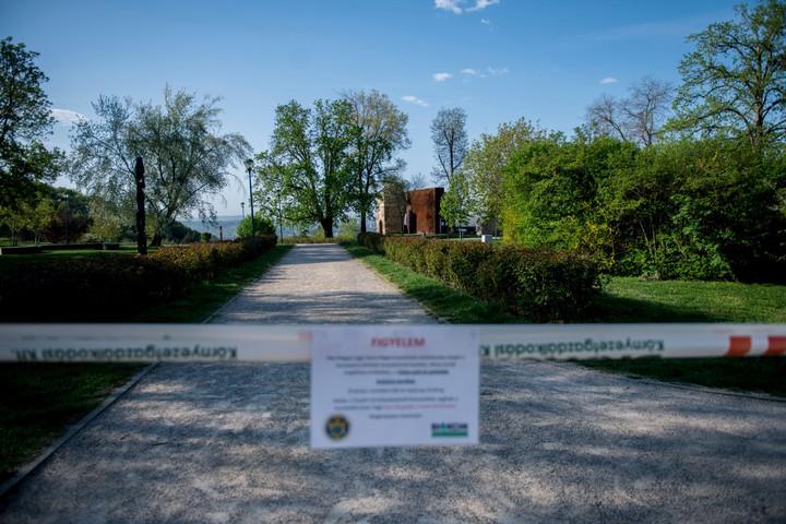 Újra életbe lépnek a hétvégi szigorítások Budapesten ésvidéken