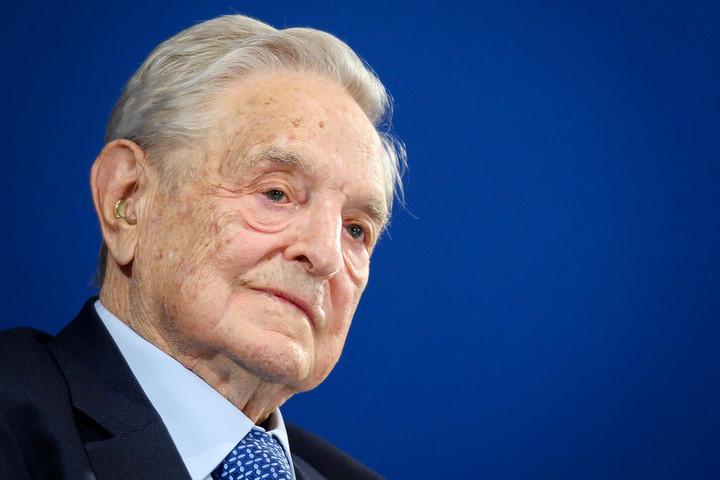 """Támad a Soros-szervezet: """"használni kell a botot"""""""