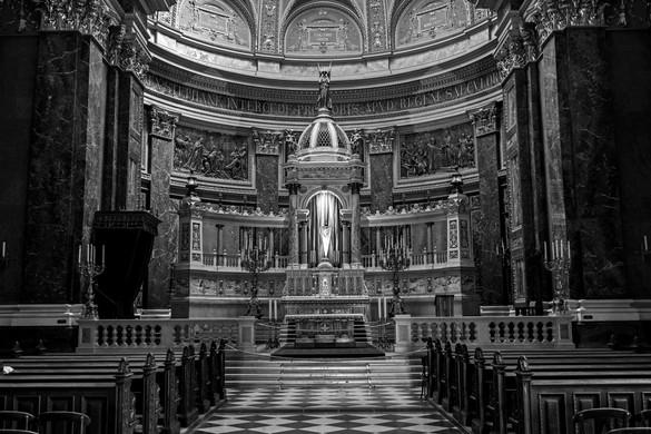 Húsvéti vigília a Szent István-bazilikából este 18 órától élőben
