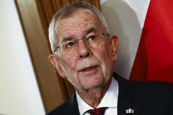 """Az osztrák államfő szerint """"hosszabb ideig"""" ki kell tartani"""