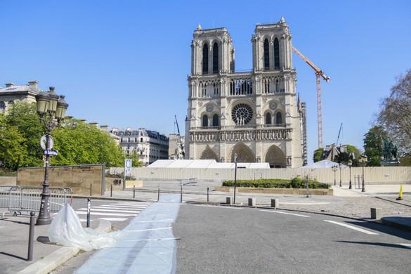 A Notre-Dame-székesegyházat eredeti formájában állítják helyre