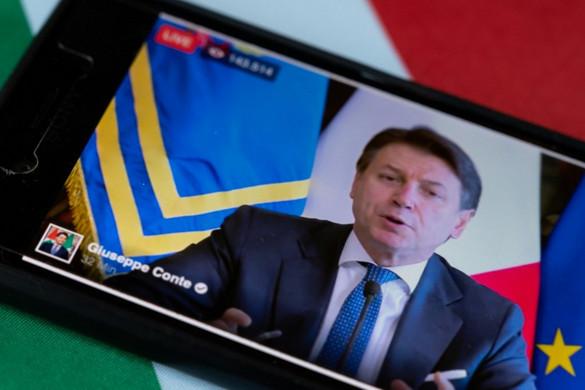 A Conte-kormány szétesését vetítették előre az olasz újságok