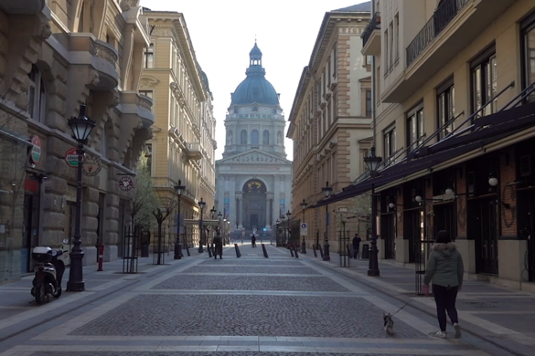 Így borította fel az életet Budapesten a koronavírus