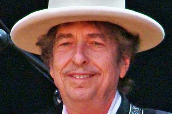 Több mint kétmillió dollárt ér Bob Dylan kézirata