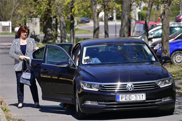 Fidesz: Gy. Németh Erzsébet inkább a Pesti úti idősotthon botrányára válaszoljon!