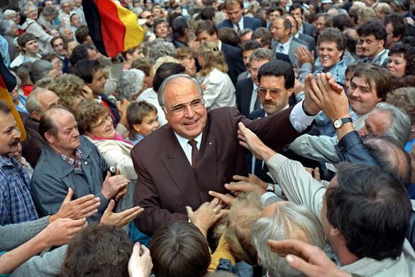Kilencven éve született Helmut Kohl