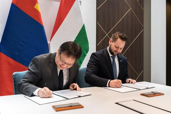 Magyarország 57 millió dolláros megállapodást kötött Mongóliával