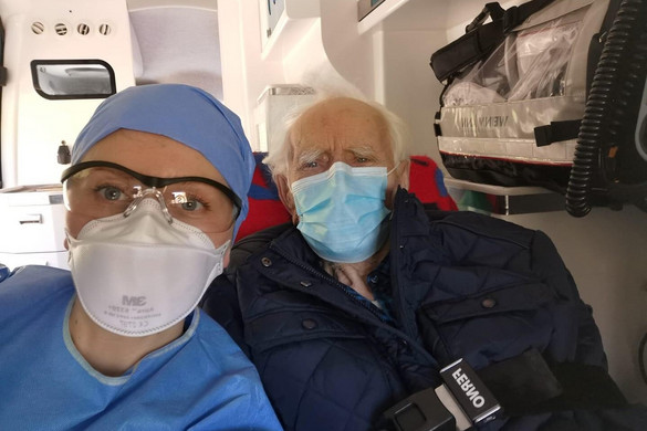 Varsóban felgyógyult a Covid-19-betegségből egy százéves férfi