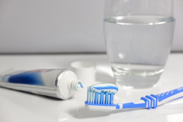 Fontos a megfelelő fogápolás a koronavírus elleni védekezésben