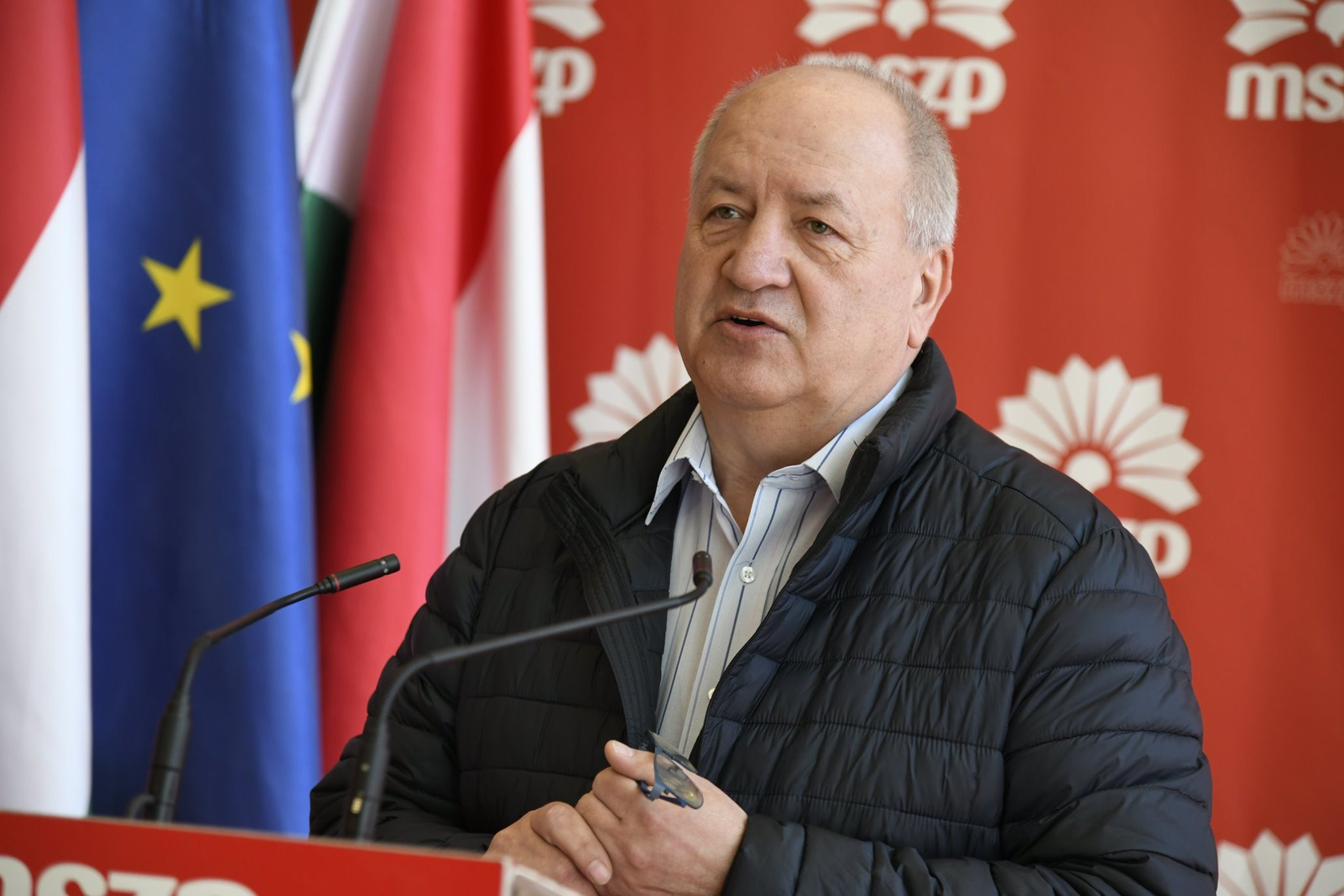 Fidesz: Korózs Lajos mondjon le a népjóléti bizottság elnöki posztjáról!