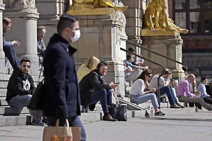 Az idősek szenvedik meg a svéd különutasságot