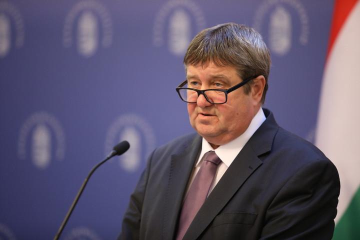 Magyarországon csökkent a legnagyobb mértékben az adóterhelés