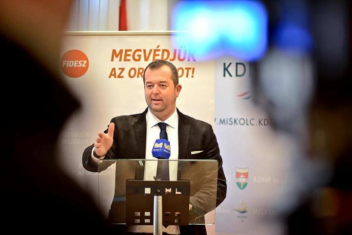 Fidesz-KDNP: Csődközeli helyzetbe kerülhet Miskolc