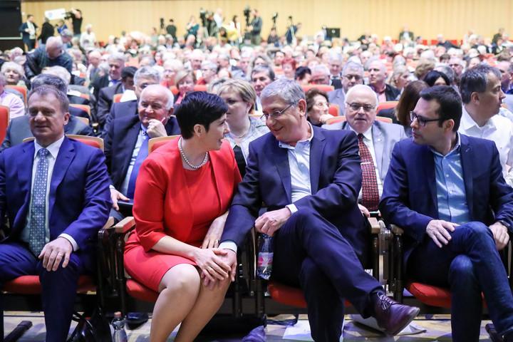 Nézőpont: Kockázatos az ellenzéknek a közös lista
